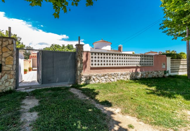 Casa en Empuriabrava - Ref. 106224