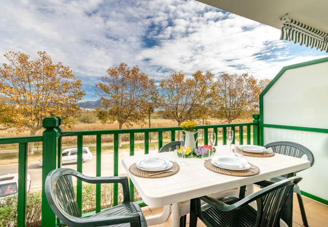 Apartamento en Empuriabrava - 143-Apartamento-playa la Rubina Empuriabrava. WIFI gratis-143
