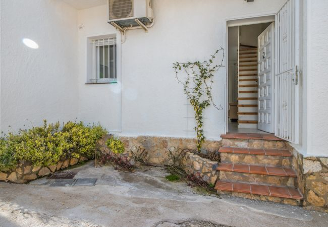 Casa en Empuriabrava - 152-Casa con piscina y amarre - wifi gratis-