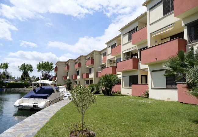 Apartamento en Empuriabrava - 158-Empuriabrava, apartamento con piscina y parking