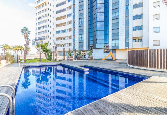 Appartement à Empuriabrava - 133-Empuriabrava-Très bel Appartement vue  mer  piscine- Wifi gratuit