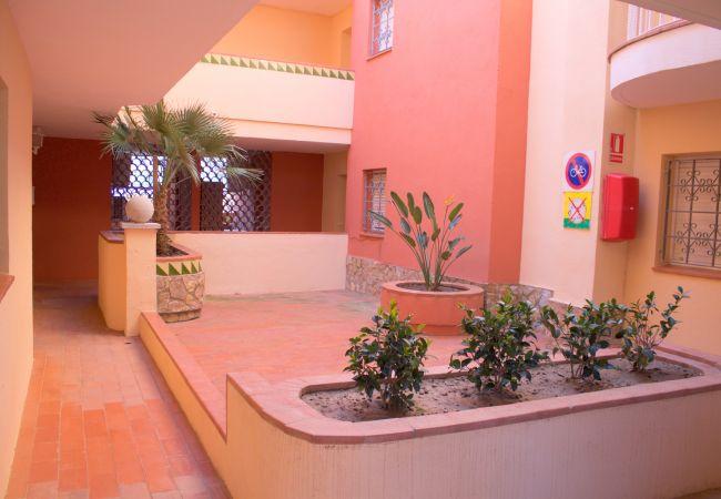 Appartement à Empuriabrava - 136-Empuriabrava,  appartement  vue mer. Parking, wifi gratuit