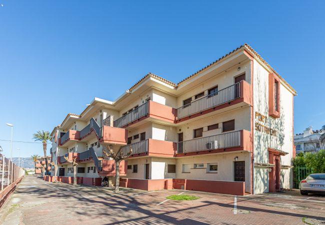 Appartement à Empuriabrava - 158-Empuriabrava, appartement avec piscine  et parking
