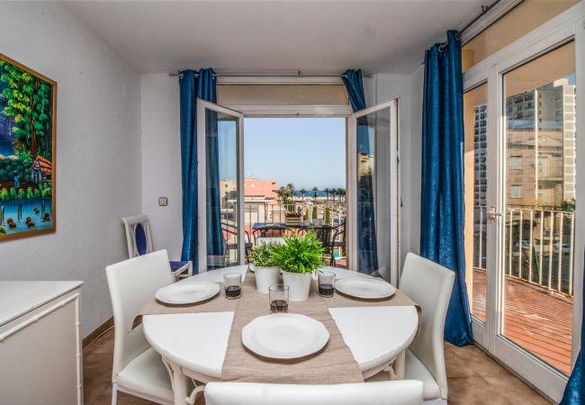 Apartment in Empuriabrava - Ref. 157559