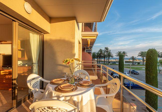 Apartment in Empuriabrava - 162-Apartment in Empuriabrava overlooking the sea -